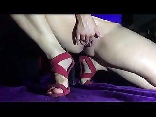 Squirt red dress sandals slowmo