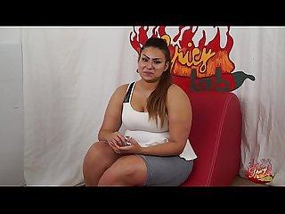 Casting a una ragazzina peruviana bbw di nome sharon un po di domande poi inizia a masturbarsi parte
