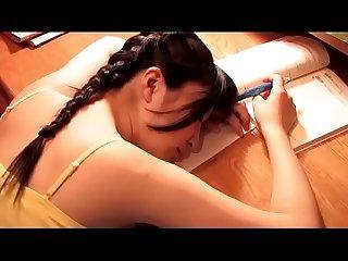 Japans stiefvader dwong zijn dochter (Zie meer: shortina.com/b3hORBEr)