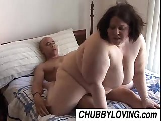 Jellibean is a beautiful busty bbw who loves to fuck