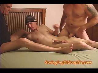 Young son sucks off his daddy