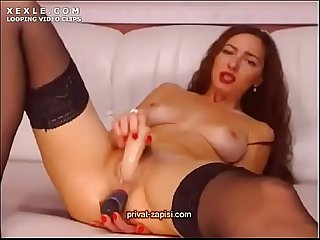 Webcam slut leilla dirty talking russian g yazno ma e i sya na sskom