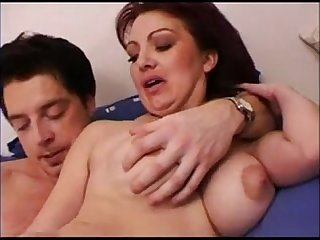 Hot mom gets fucked and creampie www sexymilfdate net