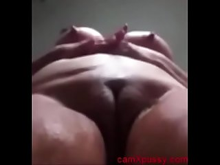 Desi Aunty Fingering Rubbing Pussy In Bathroom