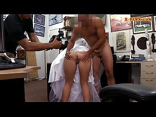 Babe in wedding dress railed by pawn man