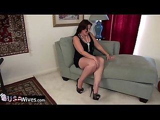USAwives Dylan Jenn Curvy Mature Solo