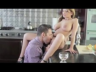 Glamorous babe has her pussy eaten