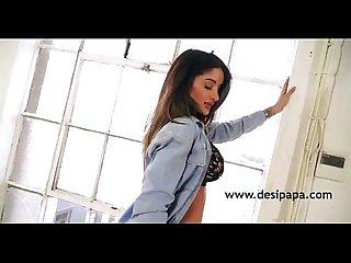 Horny indian babe preeti nude show desipapa com