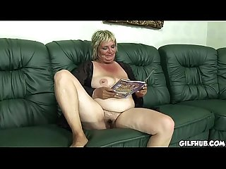 Horny old har reading porno magazine before she gets fucked