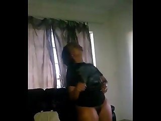 Nigerian girl dancing naked for her boyfriend