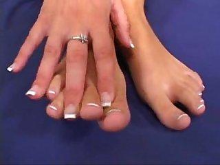 Naudia marie barefoot maniacs