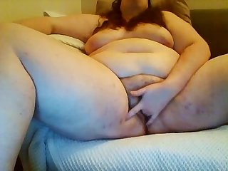 edging and cumming chick from BBWCurvy .com
