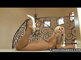 Hottest tranny babe ever excl