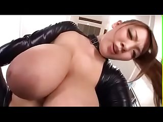 Monster Natural Tits Hitomi Pussy Licking- STEPMOMXXXX.COM