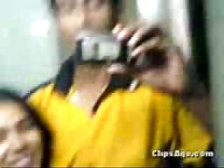 Desi virgin girl jinitha getting fucked by her lover guy scandal video