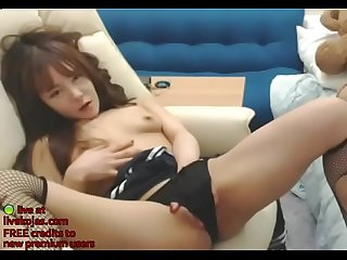 Korean 18yo camgirl in schoolgirl outfit live at livekojas com