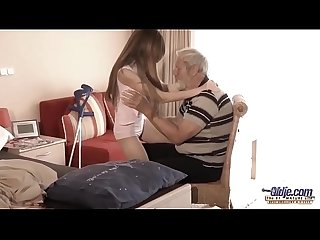 Old young big cock おじいちゃん fucked by teen she licks thick old man ペニス