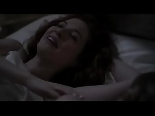 Anna paquin and rachelle lefevre in a lesbian sex scene