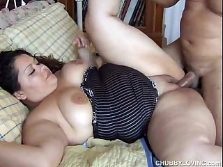 Cute chubby latina Vanessa enjoys a facial cumshot