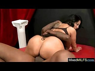 Gorgeous milf kiara mia like to bang on cam a huge black dick stud video 20