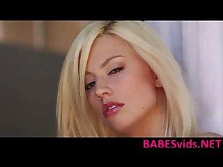 Jessie Volt - Rosy Flirt
