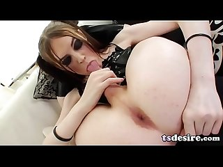 Flexible Shemale Kitty Kaiti Pleases Herself