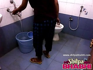 Indian housewife shilpa Bhabhi hot shower shilpabhabhi period com
