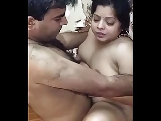 Desi chubby aunty fuck by her husband friend