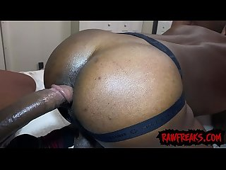 Mack Daddy, J Kream and Marii Millz Bareback in Threesome