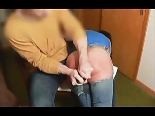 Enema and spanking from textbdsm