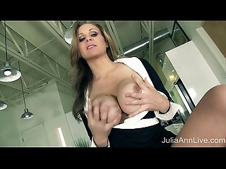Milf Julia ann tells you to pull out your cock