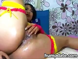 Wet latin milf fingering her juicy pussy