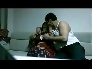 indian desi wife in saree fucking stranger in house juicypussy69.blogspot.in