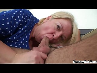 Plump mature in raw old young sex