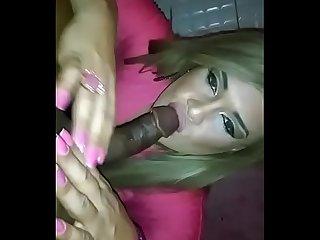 Isabelly Bittencourt boneca mamando no Casa Grande Bangu