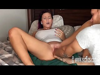 Double fisting and huge insertions hottie