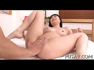 Japanese babe takes on a dildo