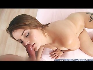 Amateur cutie sucks out a load of cream