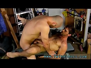 Twinks in bondage gay porn movies David likes his men manly