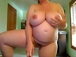 Pregnant Women With Big Tits Fucks Herself Standing on 4xcams.com