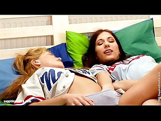 Bedroom Play sensual lesbian scene by SapphiX