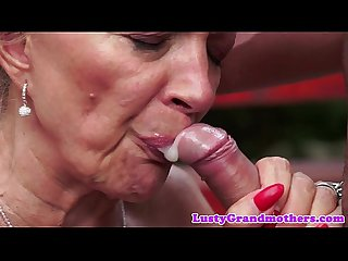Saggytit mature banged outdoors