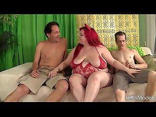Fatty Eliza Allure takes 2 dicks in her pussy