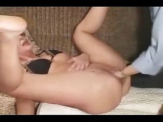 Awesome fisting granny and squirting
