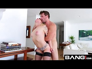 Bang gonzo anal fuck with blonde bombshell dahlia sky