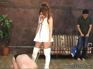 Mldo 074 queen girl plays in tow pigs cruelly mistress land