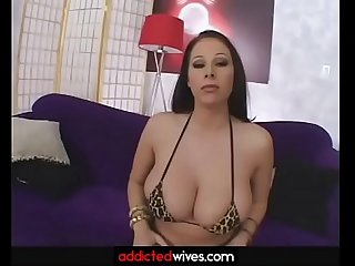 Full giana sucking and pleasing cock with her tits like no other