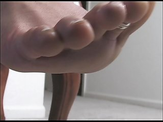 Ebony tease smell my feet