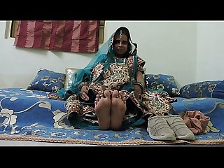 Indian amateur Bhabhi foot fetish
