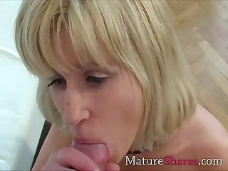 See this blonde mature beauty